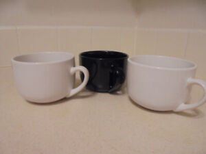 3 Bowls, black and white