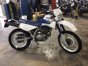 2001 Yamaha XT350 enduro street legal on off road bike $2600.00