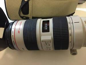 AS NEW CANON EF 70-200mm F2.8 L IS USM  GREAT TELEPHOTO LENS Victoria Park Victoria Park Area Preview