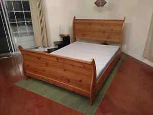 Sleigh Bed - Queen - Canadian made