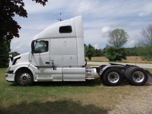2014 VOLVO 670 D13 ISHIFT WITH REBUILT TITLE ONLY 759000 KM