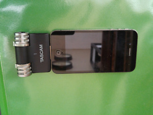 IPhone 4s with condenser microphone