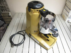 Compak K8 commercial coffee grinder works will need hopper+cover