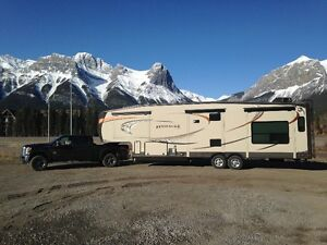 2013 Jayco Pinnacle 36 REQS Fifthwheel