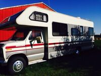 1989 Tioga Fleetwood Arrow Motorhome (27'). Low kms.!!!