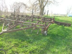 IH cultivator- price reduced to SELL!
