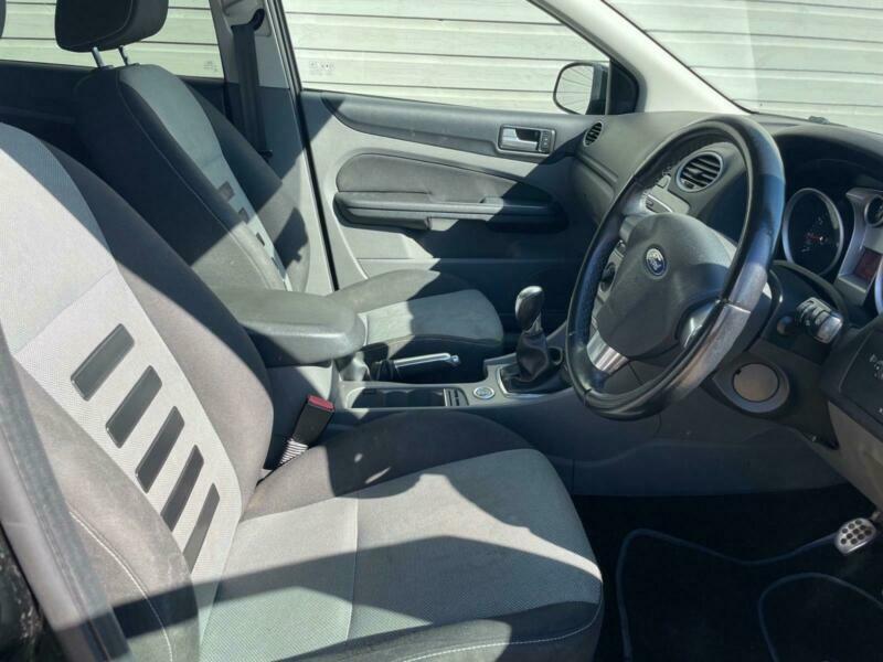 2010 Ford Focus 1.8 Zetec S 5dr Hatchback Petrol Manual