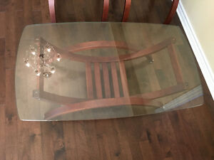 Coffee table and end tables London Ontario image 2