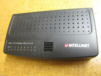 Intellinet 502054 8 port 10/100 Mbps Office Switch