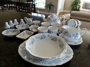 Royal Albert Silver Maple 8 place setting