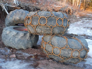 30.5X32 FORESTRY TIRES AND CHAINS