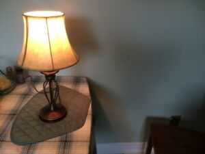 table lamp in good condition 19 in. high