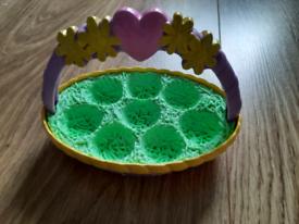 Hatchimals basket