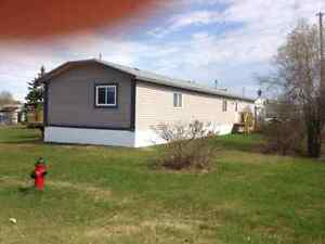 20x76 home on 100x100ft lot with 16x56 deck Yellowknife Northwest Territories image 6