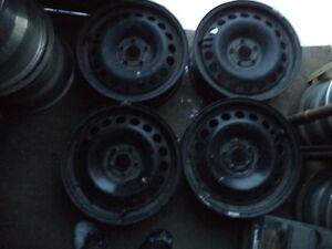 """Four Chevy Cruze 16"""" steel rims - FERNIE"""