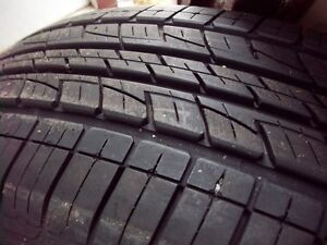 4- p235/65r17  kumho  a/s  tires (  mint  condition ) 95-100 %