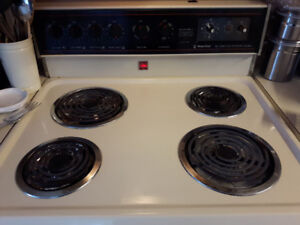 Magic chef self cleaning oven $50