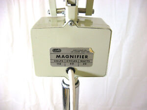 Luxo Magnifier Lamp on Mobile Stand Kitchener / Waterloo Kitchener Area image 3