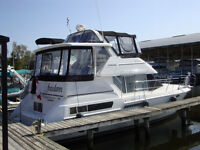 1998 Carver 355 Motor Yacht (PRICE REDUCTION)