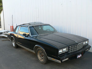 1986 Monte Carlo SS project car with spare parts