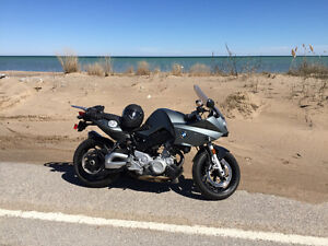 2008 BMW f800s with extras
