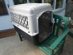Large Dog Crate/Kennel