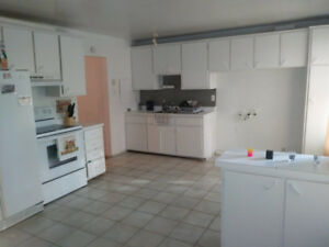 41/2 for rent immediately beside Lasalle Metro