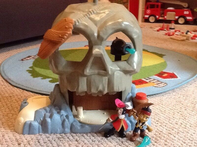 Jake and the Neverland pirates playsets