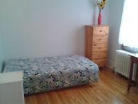 Chambre meublé à louer NDG