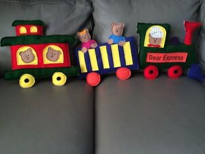 Loveable creations teddy train kids wall art Strathcona County Edmonton Area image 1