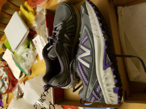 Women's new balance sneakers. Size 9D