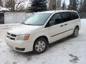 2008 Dodge Caravan 3.3 L Cargo loaded Minivan, Van