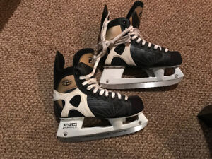 Kids skates like new!
