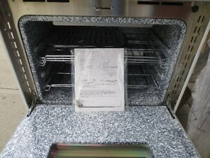 THERMADOR, CONVECTION THERMAL OVEN