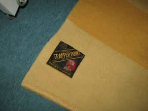 EATON`S TRAPPER POINT BLANKET