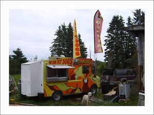 Chipstand / Food Truck / Chip Truck / 19000 or Trade