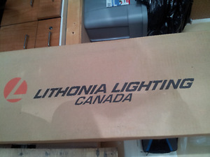 New Lithonia Lighting  fluorescent fixture