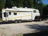 28 ft. Fifth wheel Fleetwood Pegasus