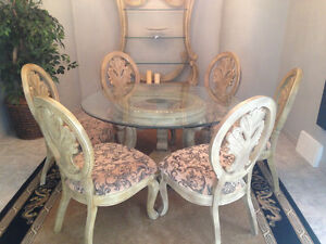 Dining Table Set !!