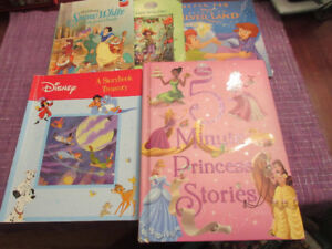 Selection of 5 Disney Books - Lots of fun reading........