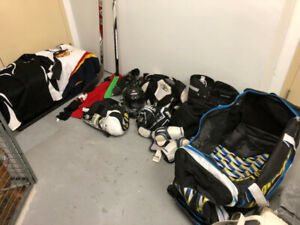 Hockey Equipment complete Adult/ Ensemble Hockey complet Adulte