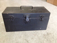 Coffre a outils  **  VINTAGE  JUSTUS   **  Tool Box