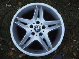Set of 4 BMW Rims 18in 8 1/2 inch wide.