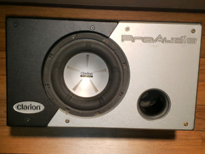 """CLARION PRO AUDIO 10"""" sub in a band pass box"""