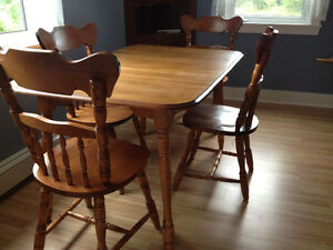 Buy Or Sell Dining Table Sets In Charlottetown Furniture Kijiji Cla