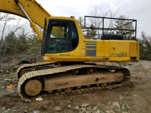 Komatsu PC-400 2001 Hydraulic Excavator with NPK Hammer