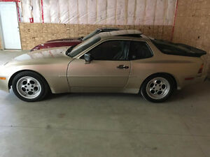 mint condition 1985 Porche 944