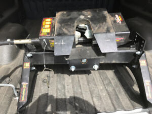 16000 lb demco fifth wheel. No rails. One year old