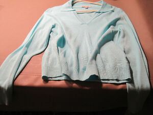 10 Ladies Sweaters Cornwall Ontario image 2