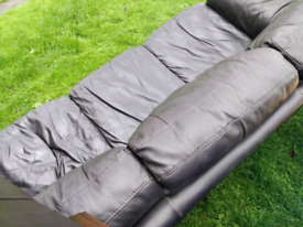 Free sofas need gone asap